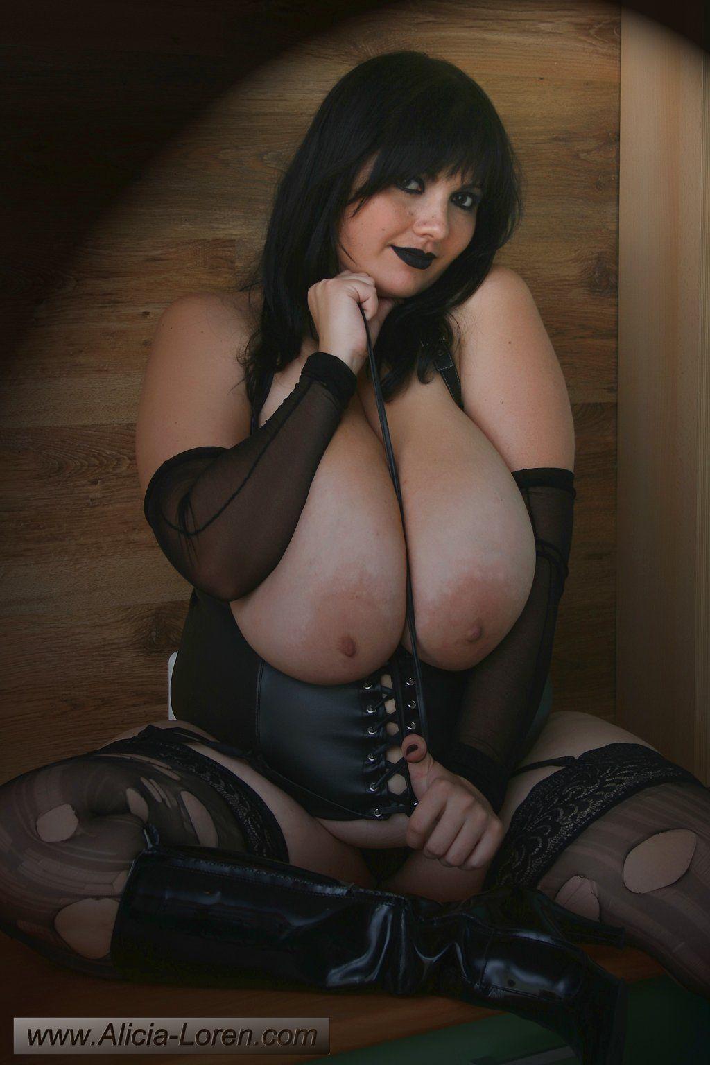 madagascar hot girls pussy